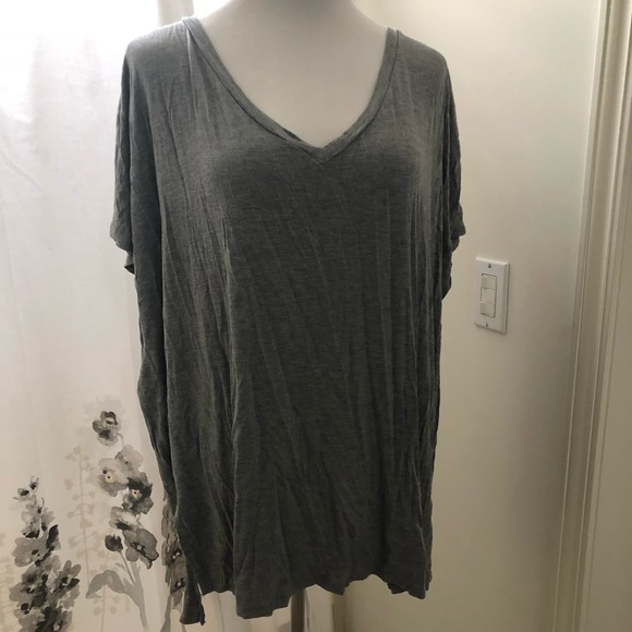 Tops - Grey T-shirt